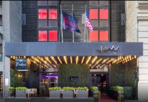 Hotel_Henri_Intimate,_Modern_Hotel_in_Midtown_Manhattan,_New_York_City_Preferred_Hotels_&_Resorts_-_2019-04-24_16.42.15