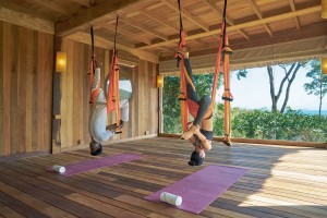 Flying_yoga