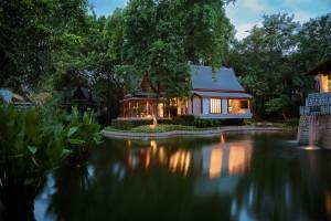 chiva-som_-_thai_pavilion_suite_exterior_0