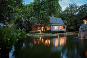 chiva-som_-_thai_pavilion_suite_exterior