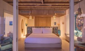 01_Ocean Pool Villa - Seaside Finolhu