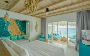 03_Ocean Pool Villa - Seaside Finolhu.jpg
